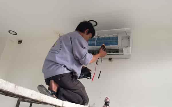 sửa máy lạnh tại tphcm